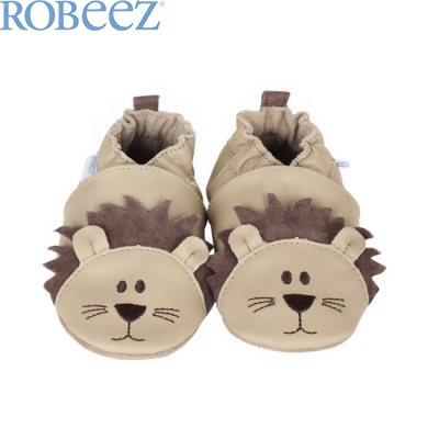 Robeez Lion Play